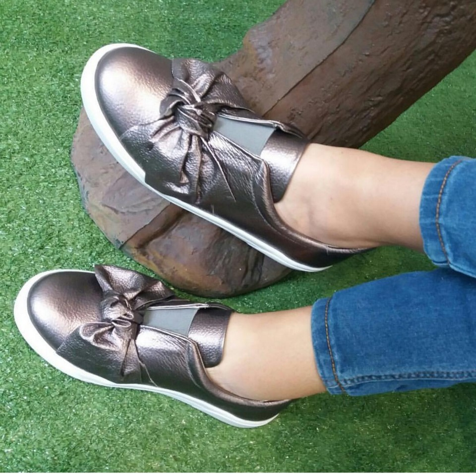 Zapatos casuales. The Brand. Nivel 200.